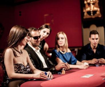 خواندن ذهن رقیب در پوکر - مدیریت ذهن - نشانه های پوکر (Poker Tells) - چیتا بت