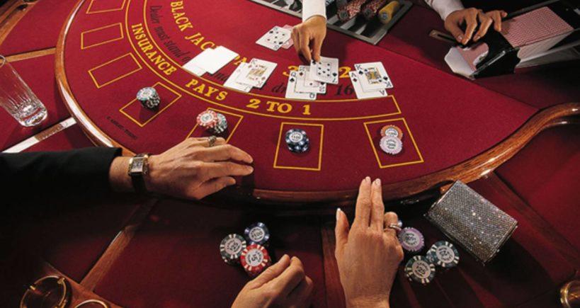 تعامل پوکر بازان در کازینو های قمار
